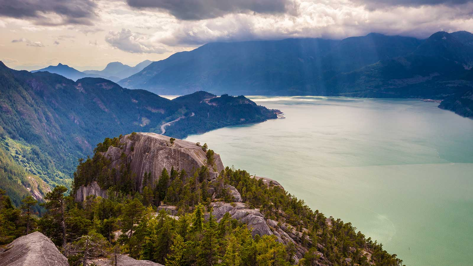Real Estate Agents - Experience Squamish Living